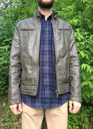 Стильная куртка с эко кожи