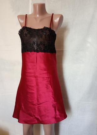Сексуальный пеньюар,темно красного цвета с черным гипюром,испания