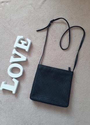 Кожаная маленькая сумка кроссбоди tula плетение