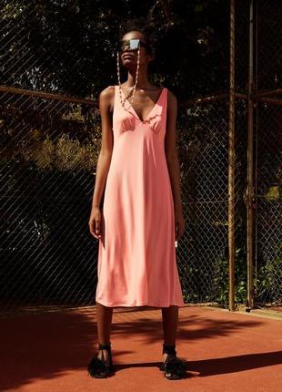 Летнее платье из струящейся ткани zara