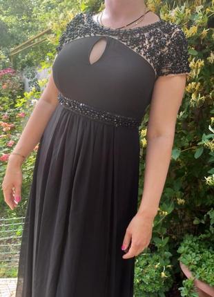 Чёрное длинное платье в камнях 48-50размер