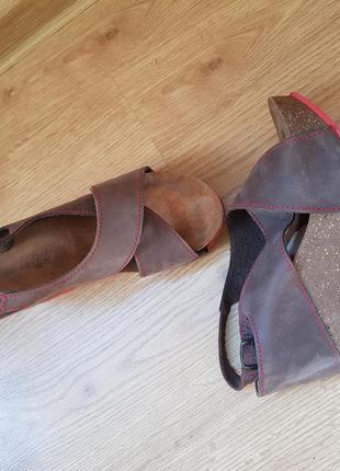 Бомбезные кожаные босоножки на пробковой платформе😍😍😍👌