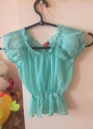 Воздушная блузка в горошек