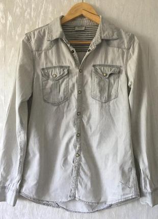 Стильная рубашка на кнопках zara