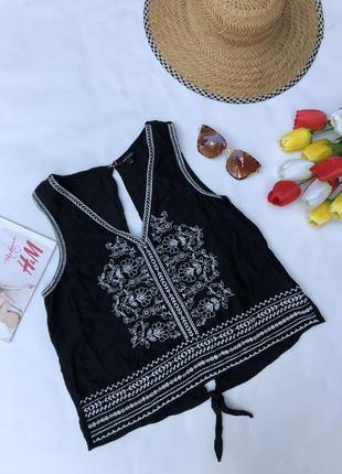 Красивая блуза с вышивкой / вышиванка