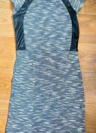 Mohito новое элитное платье с кожанными вставками xs-s размер
