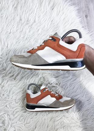 Кожаные качественные кроссовки geox