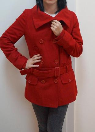 Красное пальто pimkie