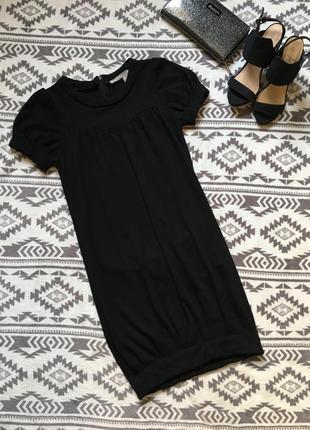 Плотное полиэстеровое платье с вискозой