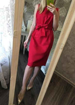 Шикарное платье 40% шёлк дорого брэнда
