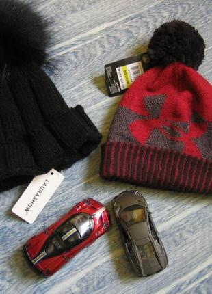 Комплект теплая шапка с натуральным меховым помпоном.осень, зима