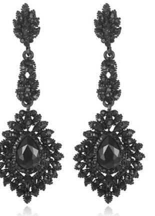 Красивые вечерние длинные черные серьги с камнями бижутерия недорого