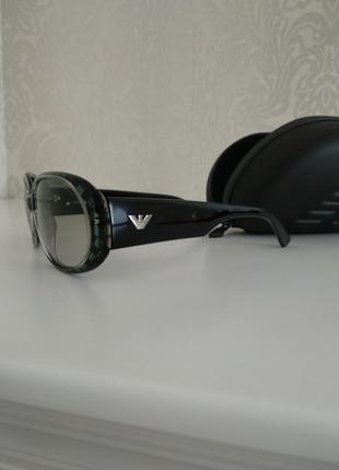 Крутые классические женские солнцезащитные очки armani emporio10 фото