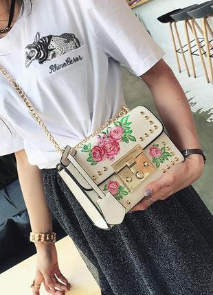 Эксклюзивная новая брэндовая вышитая цветочная сумочка