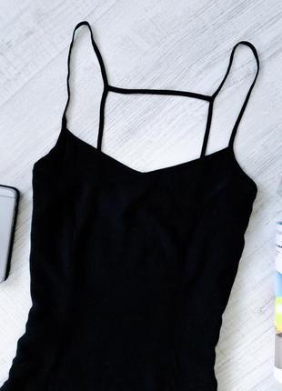 Чёрное платье на бретелях hm2 фото