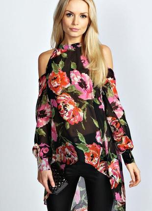 Блуза в цветы 🌺с открытыми плечами 🔥boohoo,размер m/l