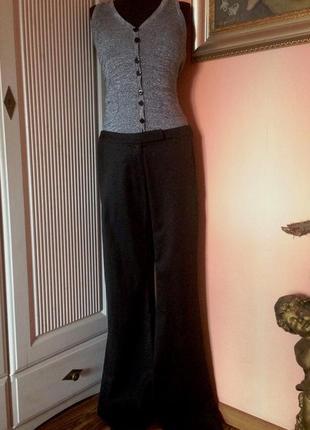 """Супер-интересный комбинезон с расклешенными брюками  """"patrizia pepe"""" оригинал м"""