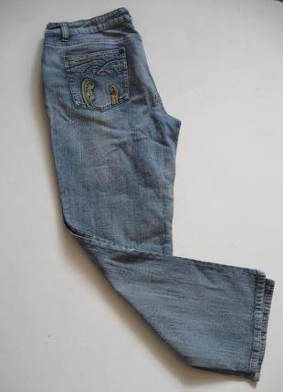 Джинсы с вышивкой - в бохо-стиле!
