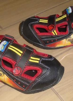 Новые сандалии skylander 34 р