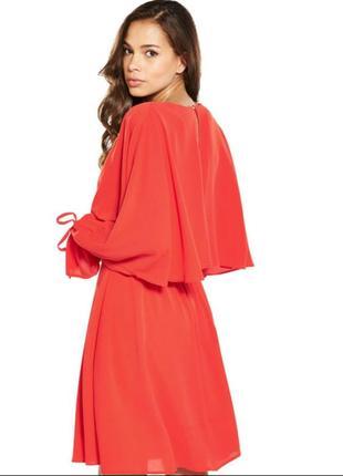 Красивое яркое нарядное платье s/m; на высокий рост; англия v by very