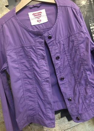 Стильный котоновый сиреневый пиджак