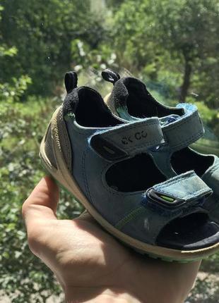 Ecco босоножки сандали