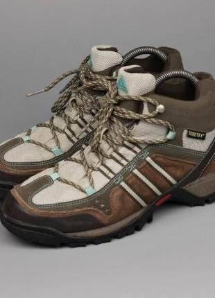 Фирменные ботинки на мембране1 фото