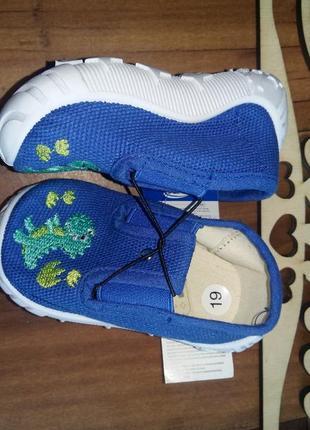 Обувь на малыша лето