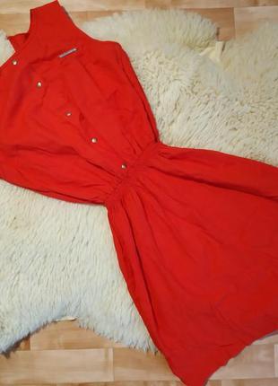 Летние платье , красного цвета .