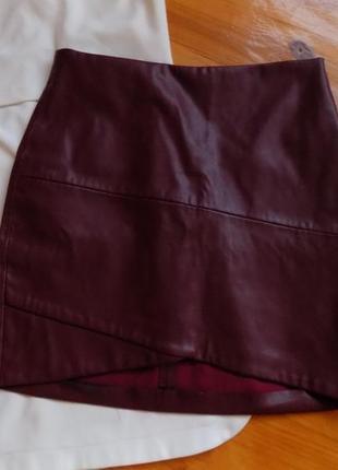Кожаная юбка от bershka