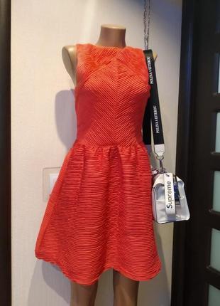 Крутое стильное коктейльное платье мини трикотаж в рубчик коралловое