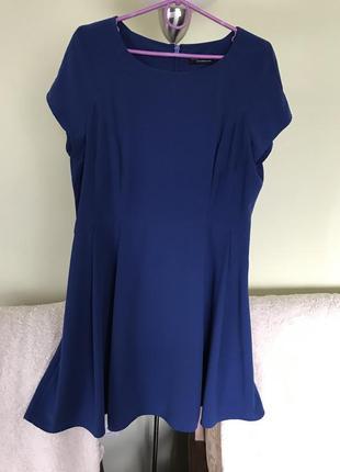 Очень красивое платье для полненьких дам.