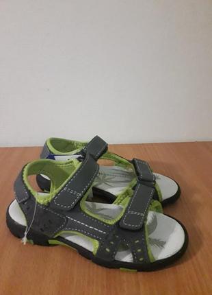 Кожаные босоножки сандалии на липучках alive германия
