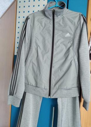 Adidas спортивный костюм 46 размер
