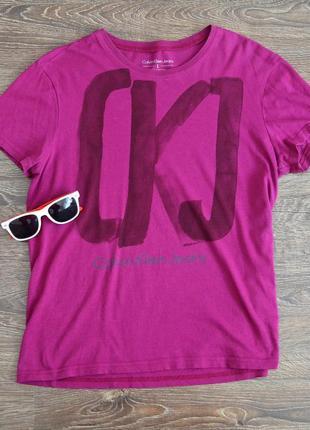 Оригинальная футболка со свежих коллекций  calvin klein jeans ®