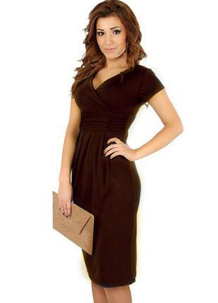 Платье шоколадного цвета с завышенной талией