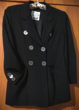 Жакет пиджак, очень удобный и стильный
