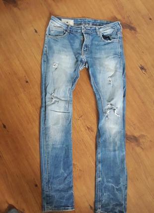 Мужские джинсы zara 30(38) размер m