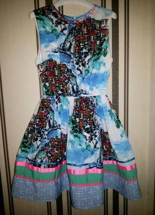 Красивое нарядное платье next принт город