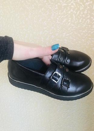 Туфли ,100% натуральная кожа с напылением ! 36 размер