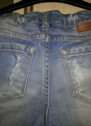 H&m стильные джинсы 4-5 лет4 фото