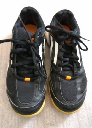 Кроссовки для игры в большой теннис