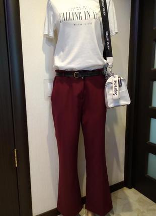 Стильные укороченные брюки штаны бриджи бордовые клеш