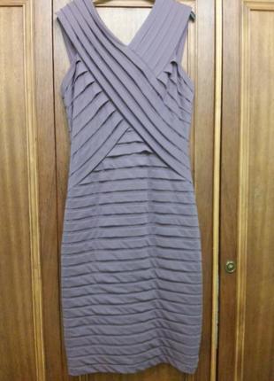Платье фирмы alexon