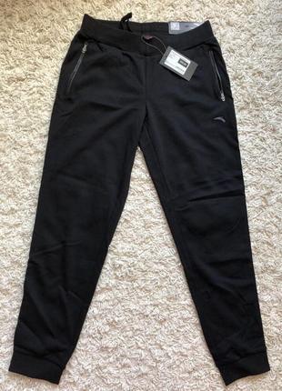 Женские спортивные штаны anta