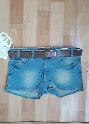 Всегда актуальная джинса!шортики р 27