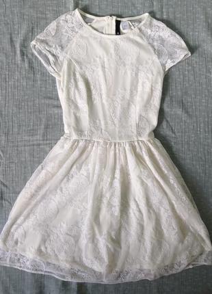 Изящное платье h&m на 12-13лет