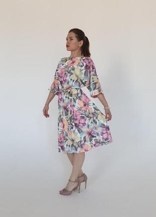 Шикарное миди платье в цветочный принт