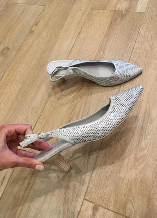 Туфлі від maripe