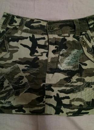 Джинсовая юбка камуфляж хаки